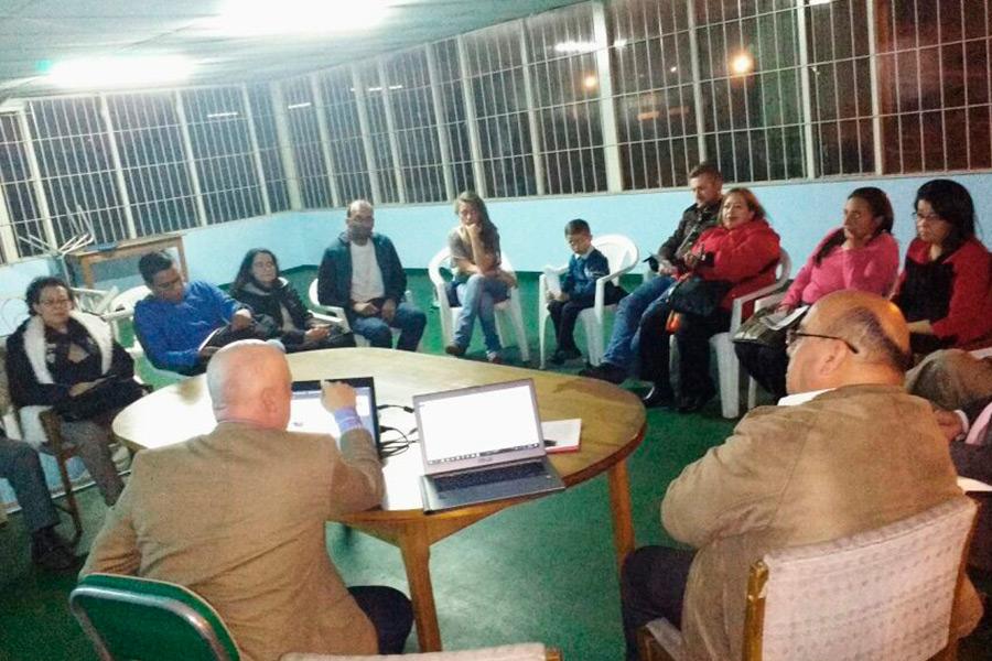 Reunion-de-la-mesa--distrital-Movimiento-Solidario